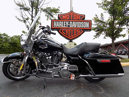 2018 Harley-Davidson Touring for sale 200603652