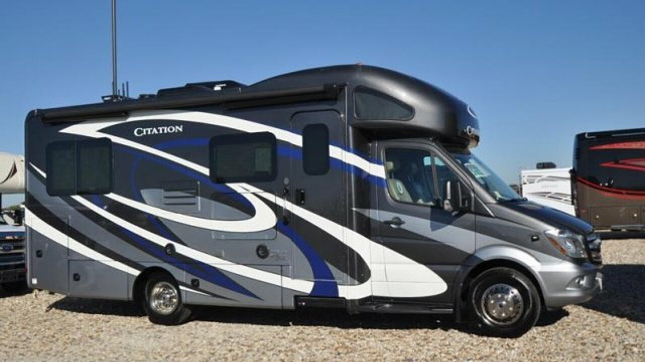 2018 Thor Chateau for sale 300132719