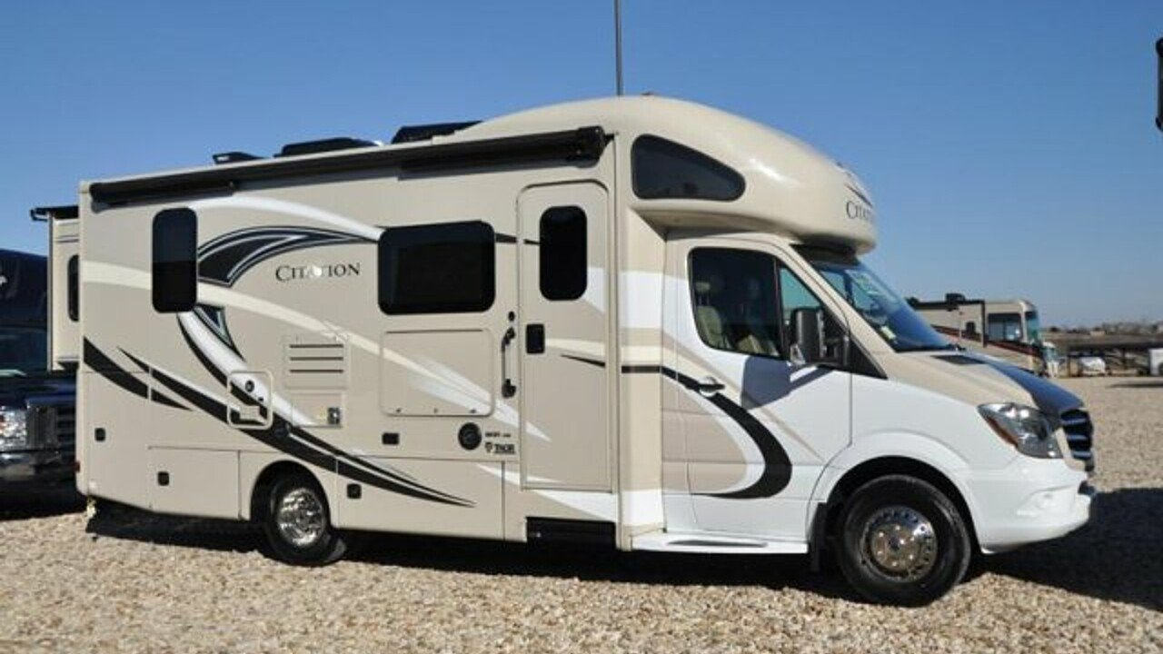 2018 Thor Chateau for sale 300141761