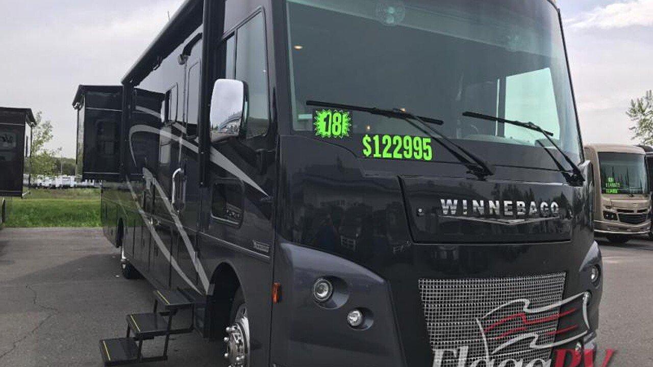 2018 Winnebago Sunstar for sale 300169126