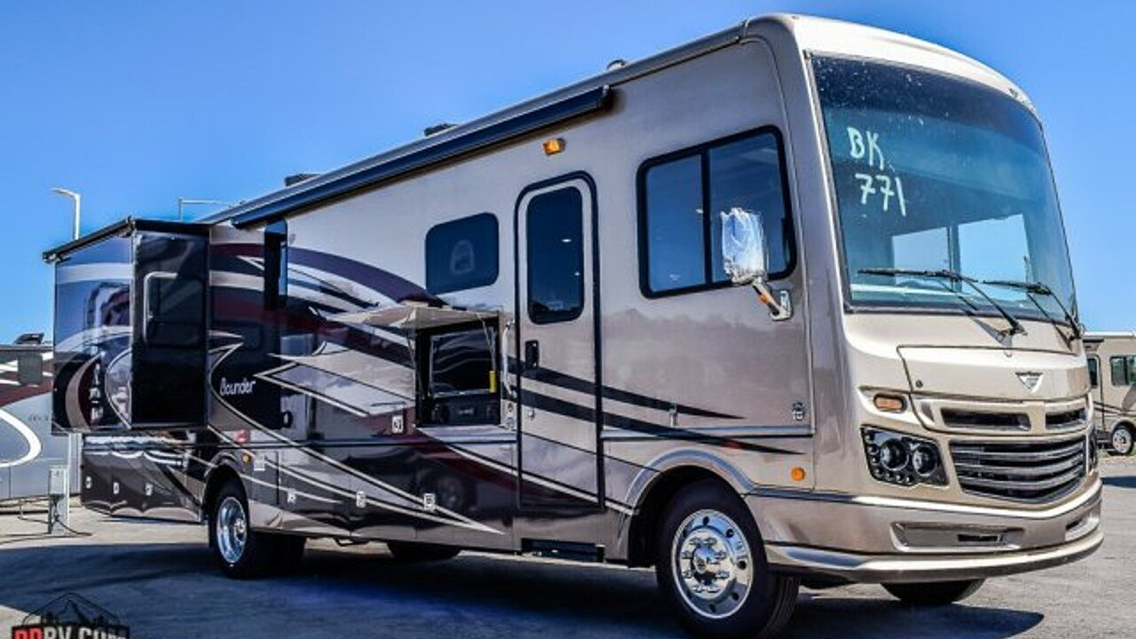 2018 fleetwood Bounder for sale 300173618