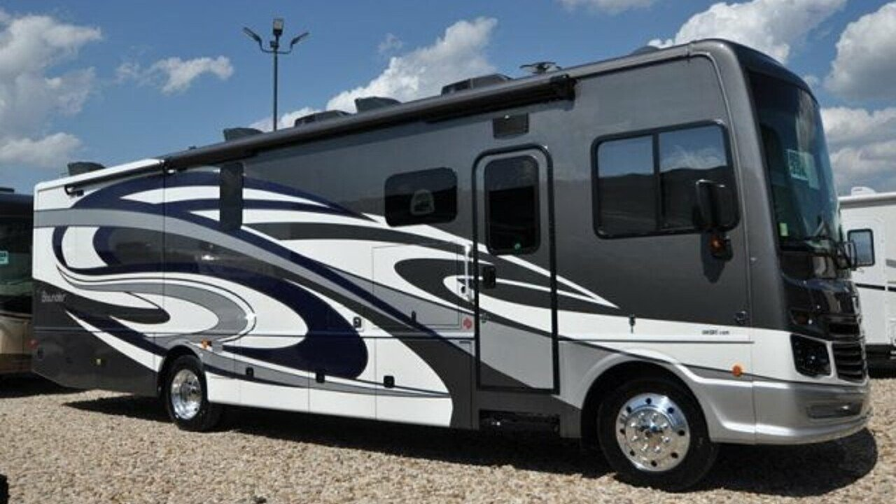 2019 Fleetwood Bounder for sale 300165353