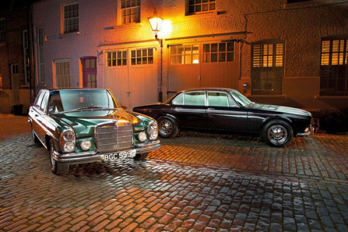 1969 Mercedes-Benz 300SEL 6.3 versus 1972 Daimler Double Six